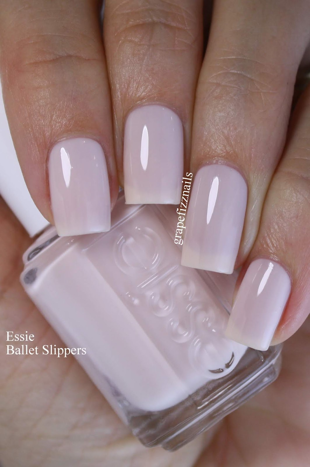 Grape Fizz Nails: Essie Ballet Slippers