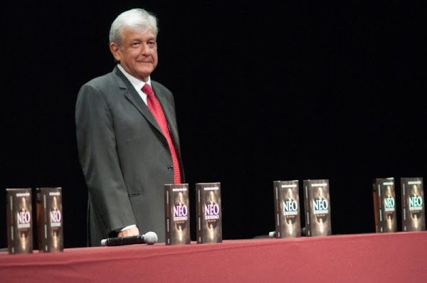 Fallo del INE en Coahuila es una 'concertacesión salinista' a cambio del EDOMEX para el PRI.: Obrador