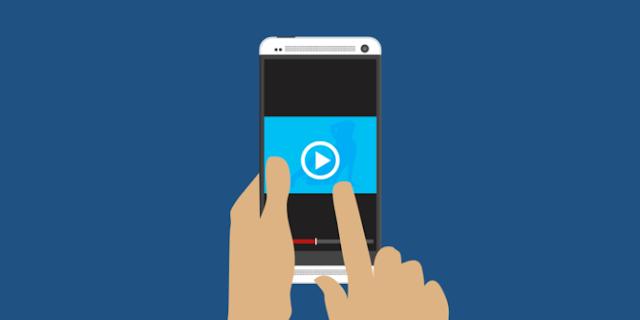 Beredar Video Perempuan Ancam Bugil jika Anaknya Tak Diterima di SMP
