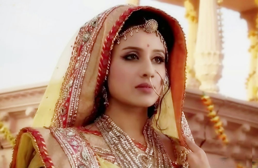 Filmy Girls: Paridhi Sharma 'Jodha'