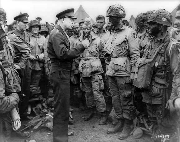 Eisenhower with airborne troops before D-Day