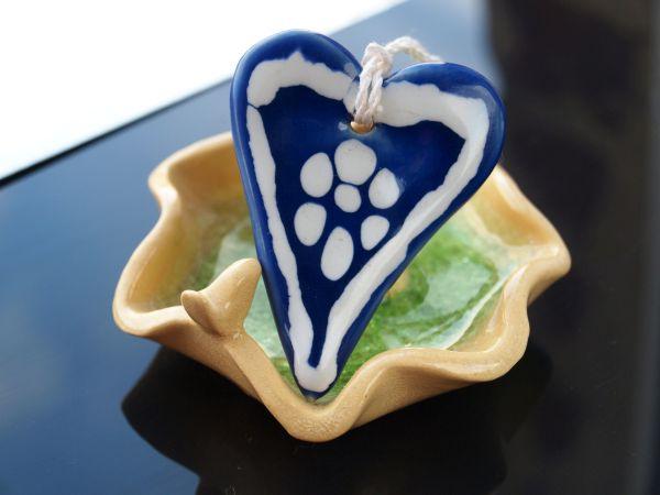 Niebieskie serduszko z porcelany