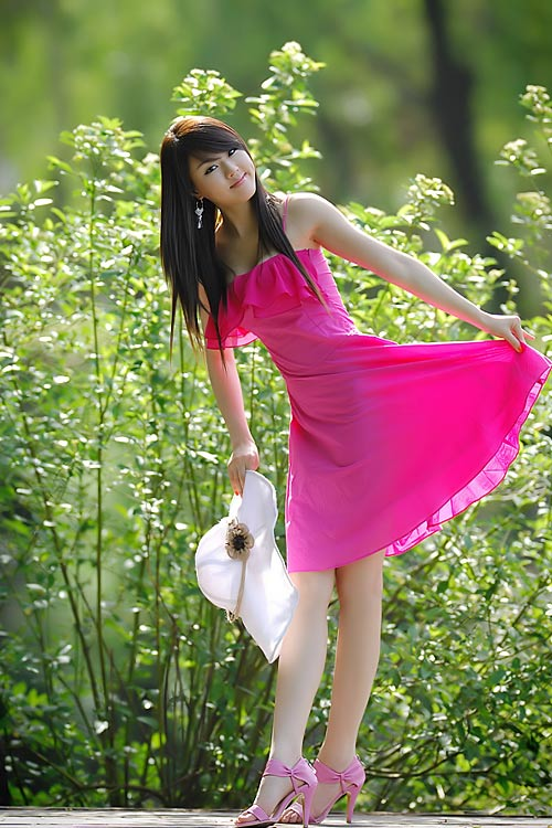 hwang mi hee sexy pink dress 02