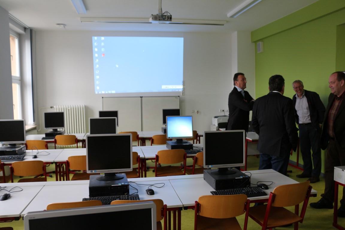 Software Für Das Gymnasium In Calbe Schellenberger News