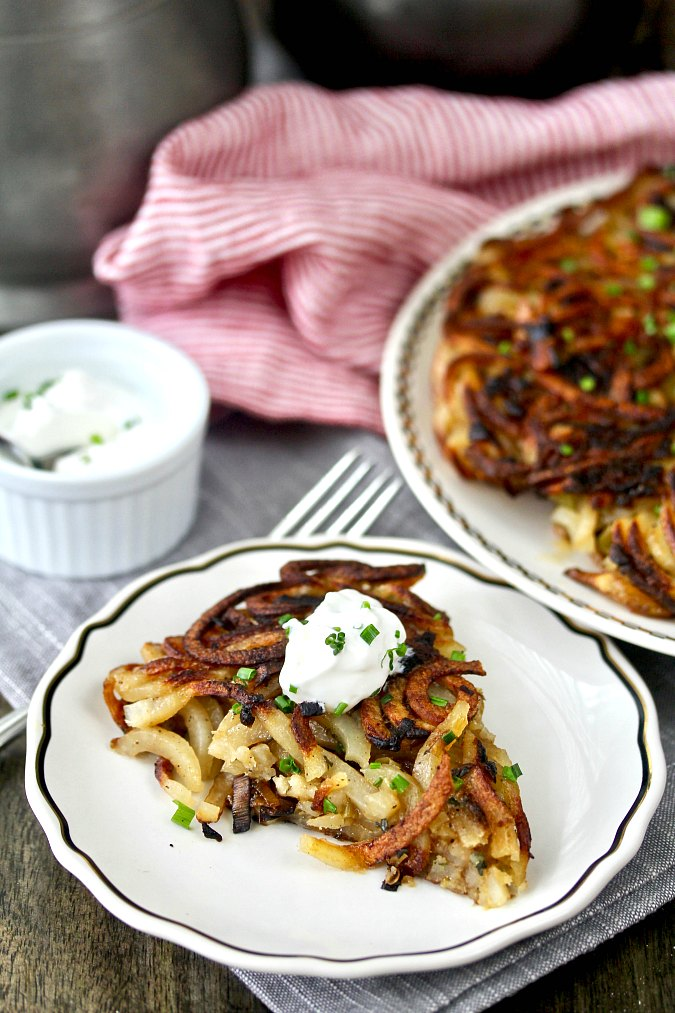 Baked Rösti with Spiralized Potatoes and Leeks #rosti #roesti #potatoes