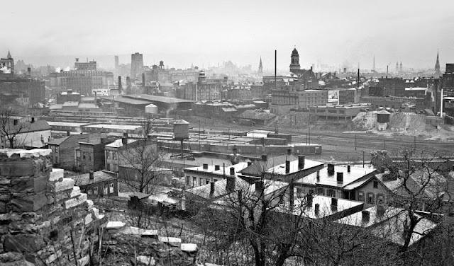 everyday life of cincinnati in the late 1930s through