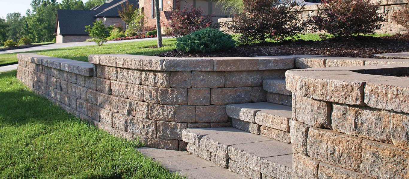 This Wall Is Made By Belgard We Love Euro Texture Comes In Great Colors Www Products Retaining Walls Celtik