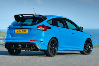Ford Focus RS with Ford Performance Option Pack (2017) Rear Side
