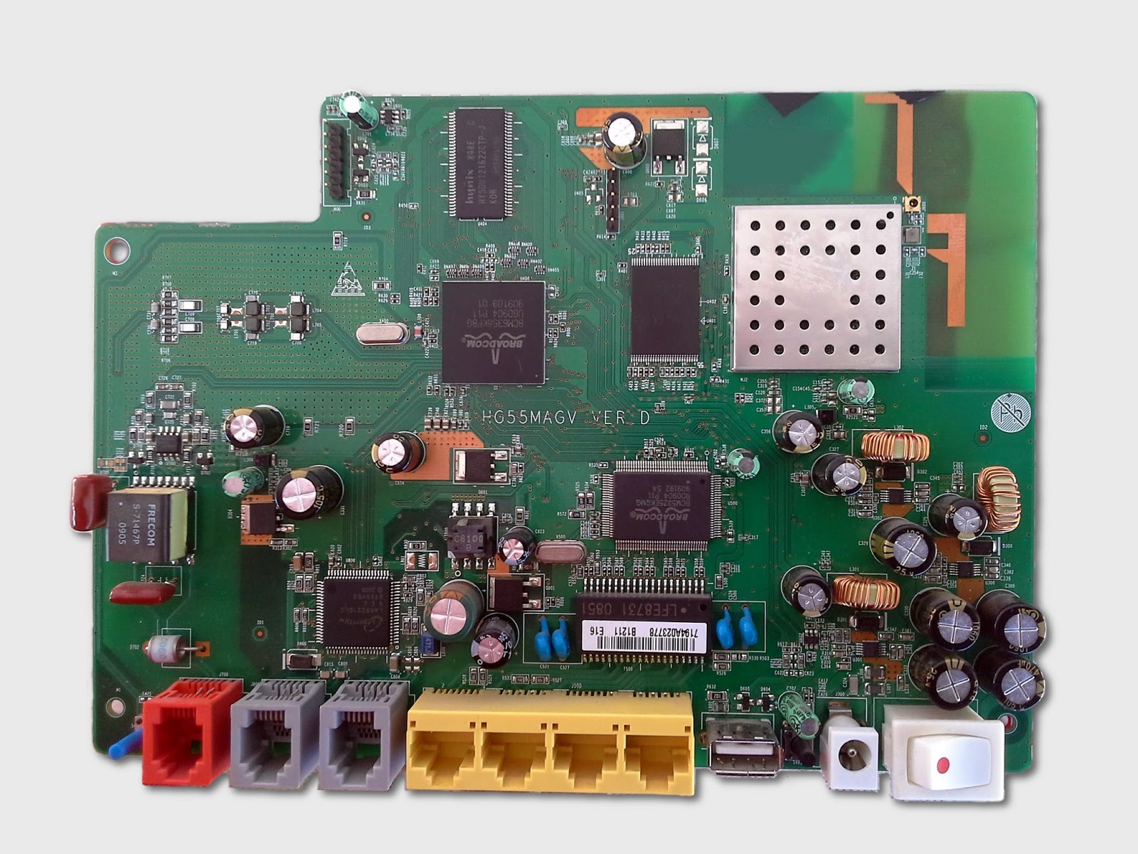 Debrick Huawei HG553 (BCM6358 based router) · One Transistor