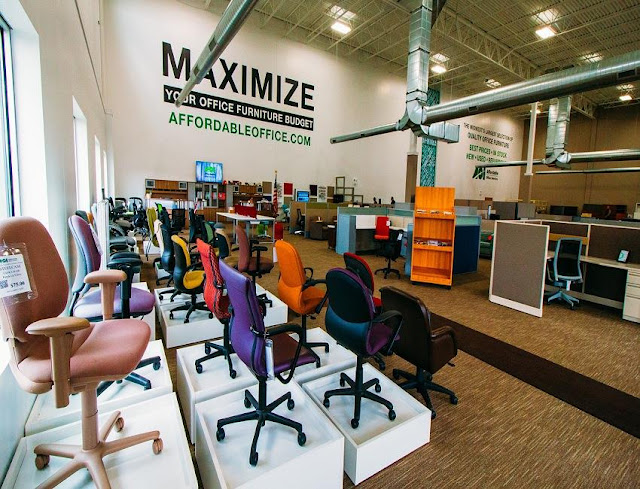 buying used office furniture stores Caledonia MI for sale