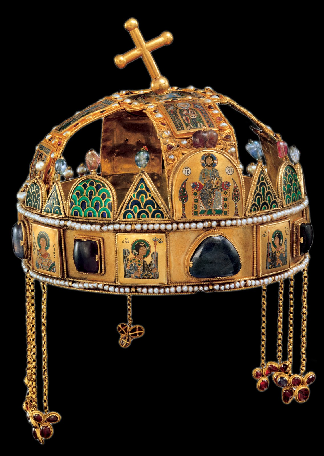 Medieval Hungary Pope Sylvester And The Regalia Of St