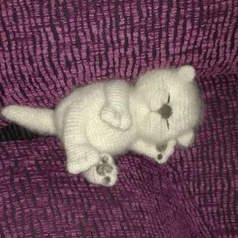 Спящий котенок крючком