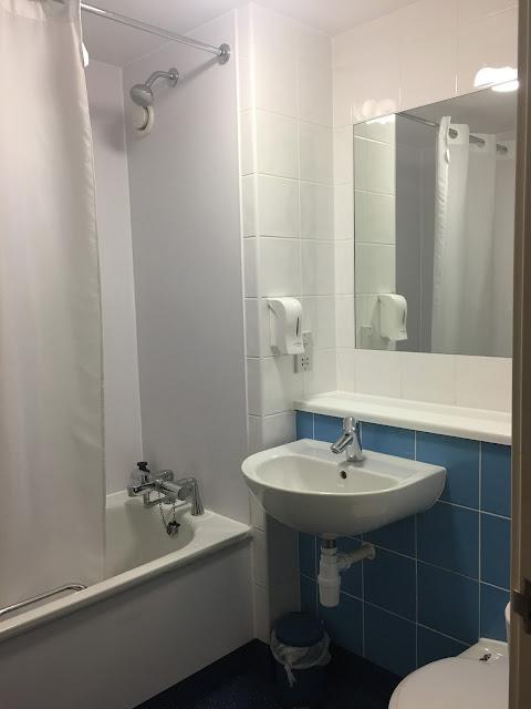 Travelodge bathroom, Birmingham