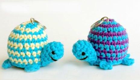 amigurumi lip balm cover crochet pattern turtle