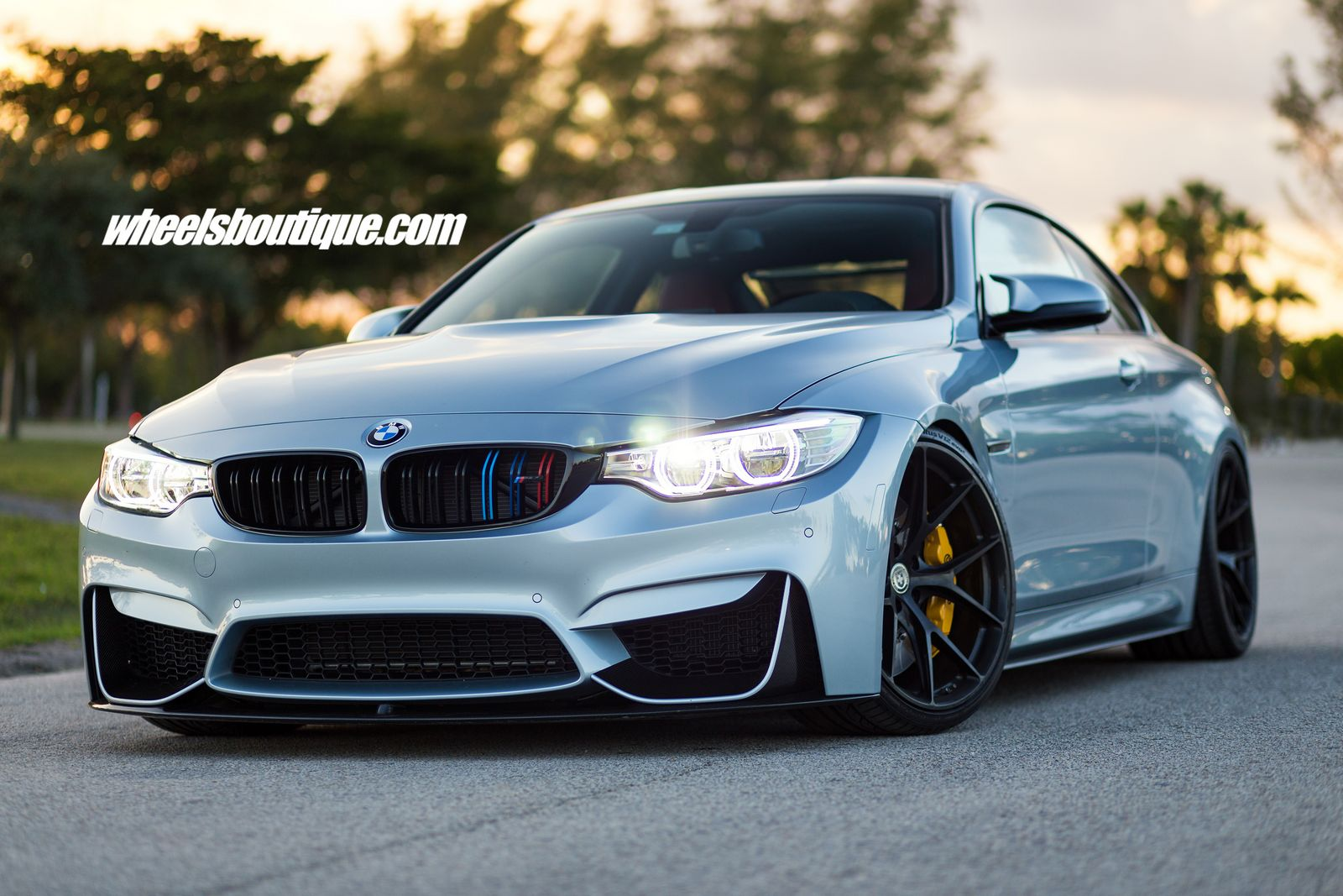 BMW M4 Tries On Matte Black Wheels On A Lowered Body ...