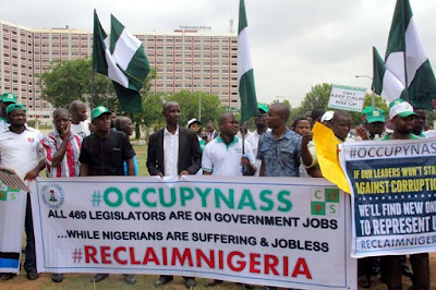 Anti saraki protesters in Abuja calls for him to resign folloing cct trial