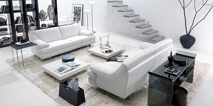 Desain Rumah Anda Ruang Keluarga Modern Tema Hitam Putih