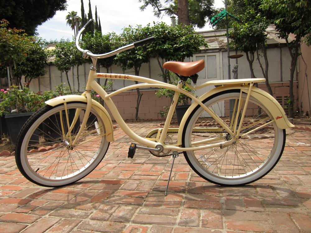 2004 Khs Manhattan Beach Cruiser Food For Film Stylists Old Bike New