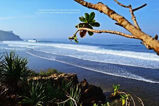 gambar Pantai Pasetran Gondomayit
