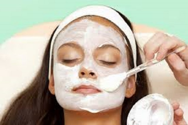Mascara natural para rejuvenecer su rostro