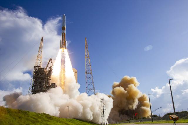 EEUU crea el USSF, un nuevo servicio militar independiente dedicado a la guerra en el espacio