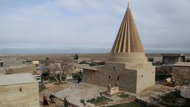 kuil yazidi indah di irak