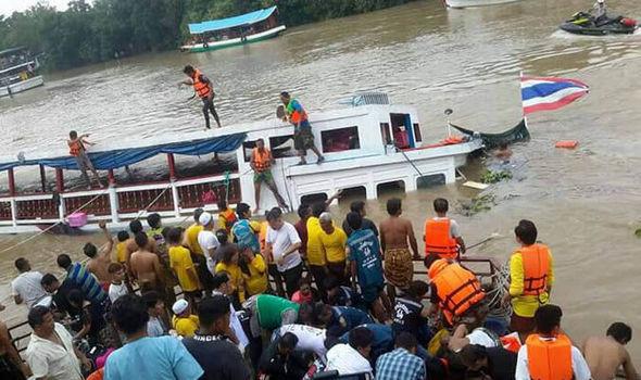 Ten dead after boat capsizes in Thailand