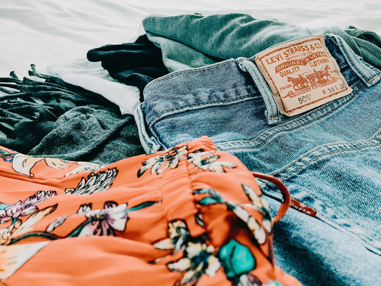 3 Tips For Selling Your Clothes Online