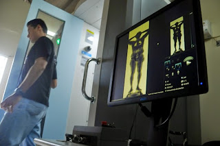 Resultado de imagem para Body Scanner presídio