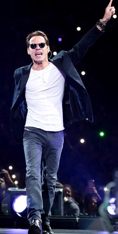Foto de Marc Anthony en el escenario