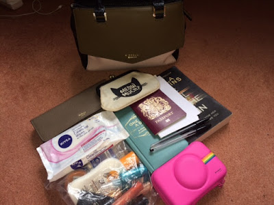 Fiorelli, Handbag, Shoeaholics, What's in my bag, Holiday