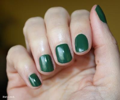 Vernis à ongles  vert foncé Carnaval Brazilien Mambo de Labell (Intermarché)