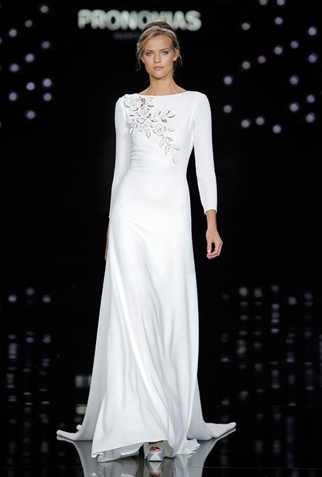 Dress for winter wedding 2017