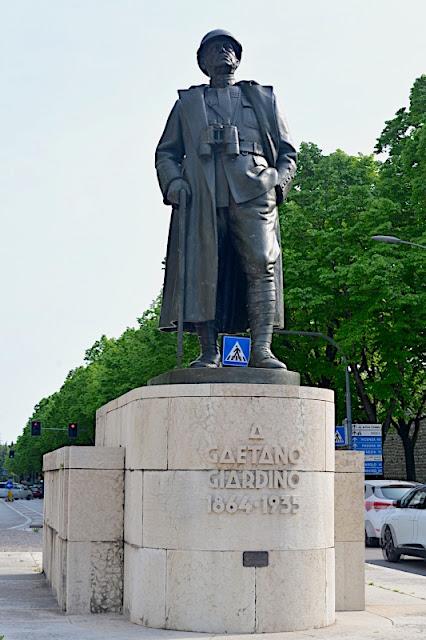 BASSANO-DEL-GRAPPA-MONUMENTO-GAETANO-GIARDINO