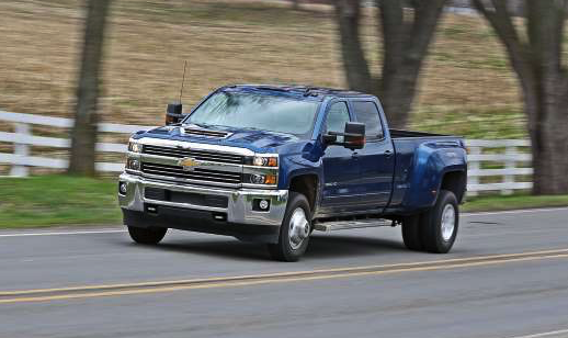 2019 Chevrolet Silverado 3500HD Diesel 4x4 Crew Cab Review