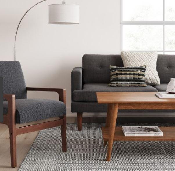 Jarak Antara sofa dan meja