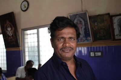 Kumar popularly known as Kumaranna, along with younger brother Babu own and run Dr. Raj Kumar Idli hotel at Horpet, Tumkur.