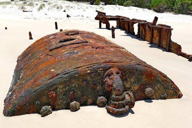 Bulwer Wrecks Schiffs-Wracks Kessel Dampfschiff Strand Moreton Island Rost verrostet