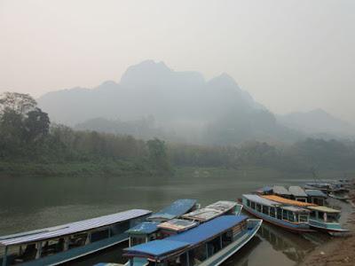 Embarcadero de Nong Khiaw, Laos