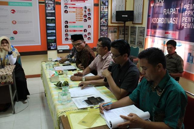 Pasca Putusan MK KPU Padang Pariaman Lakukan Verifikasi Faktual 10 Parpol