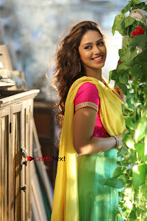 Actress Nivetha Pethuraj Latest Picture Shoot Gallery  0006.jpg