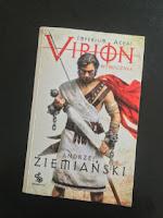 """""""Virion. Wyrocznia"""" Andrzej Ziemiański, fot. paratexterka ©"""
