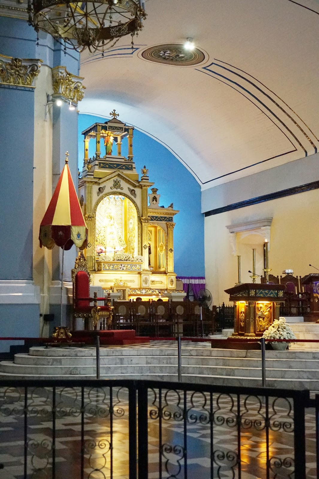 inside our lady of manaoag pangasinan