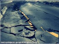 4 Jenis Gempa Bumi