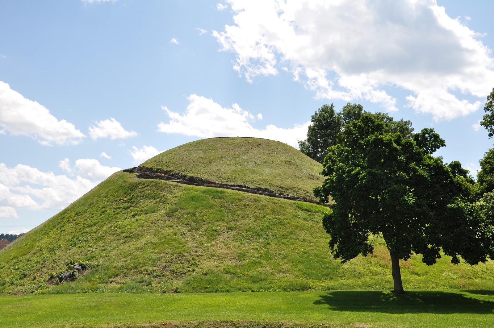 MidAtlantic DayTrips: Grave Creek Burial Mound: Last Remnant