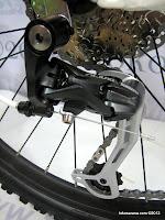 C 26 Inch Forward Fousto 2.0 27 Speed Shimano Alivio HardTail Mountain Bike