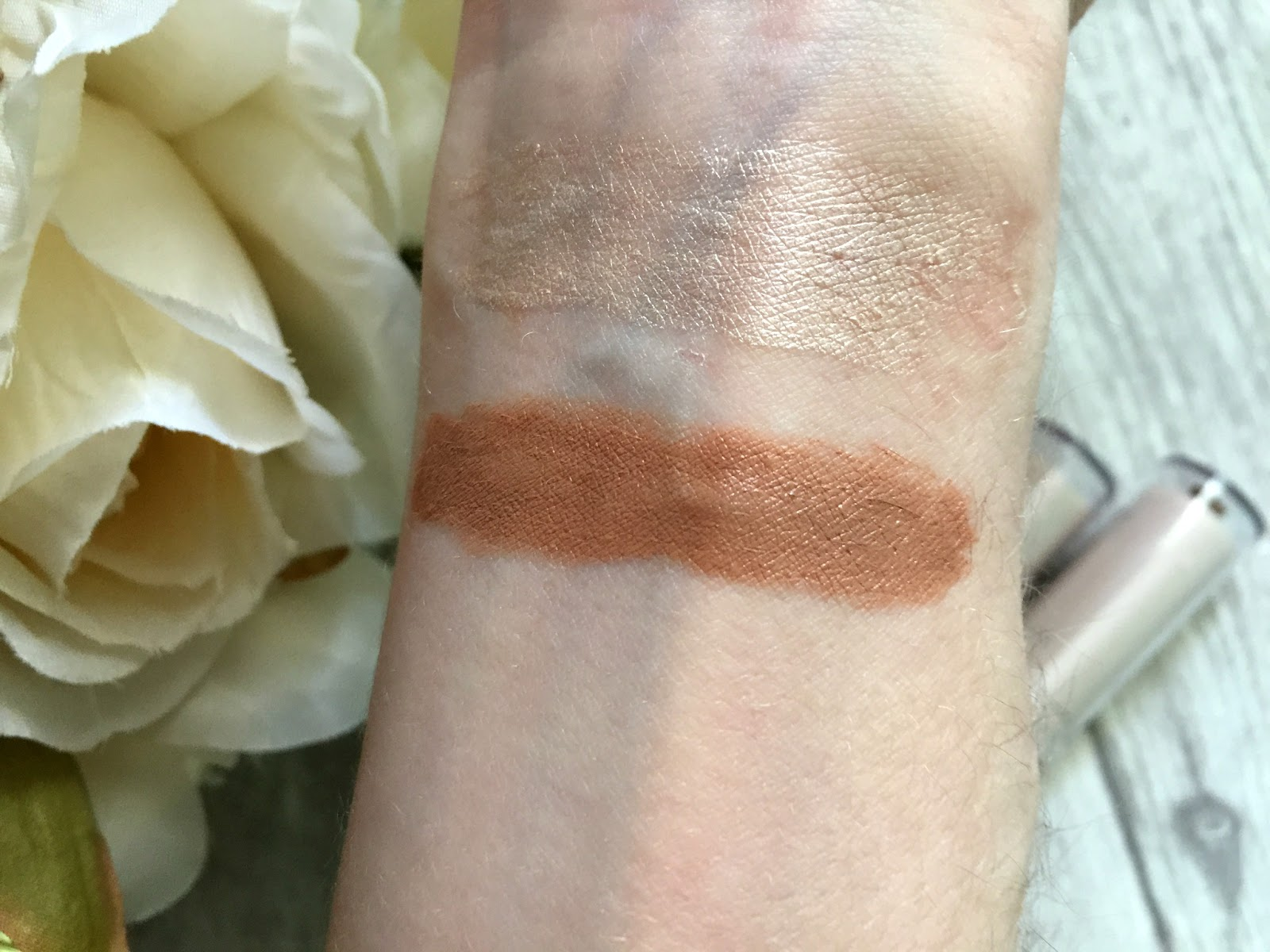 rimmel insta duo contour stick light swatch