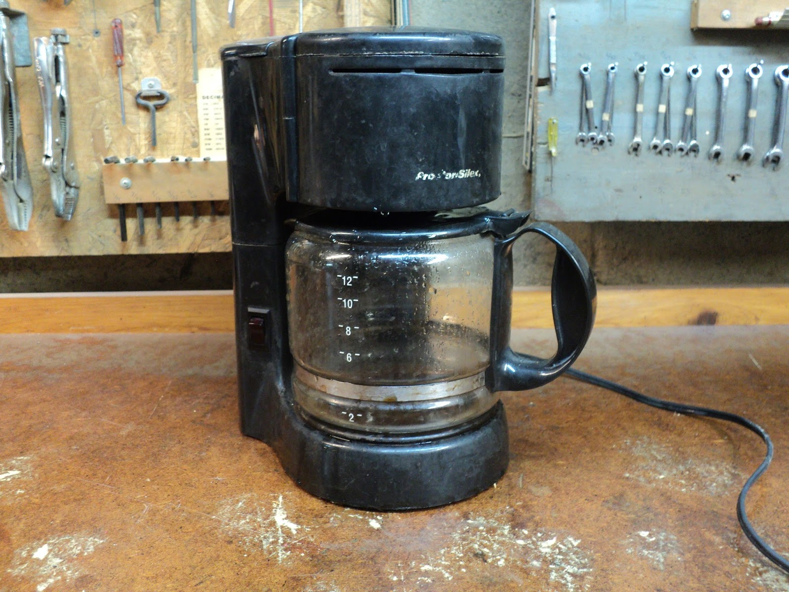 Old Silex Coffee Maker : Rouge River Workshop: My Grimy Old Workshop Coffee Maker Finally Bites the Dust