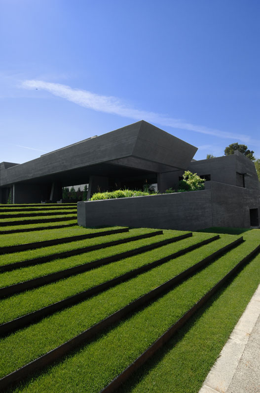 Ultra Modern Concrete House by A-cero Architects ...