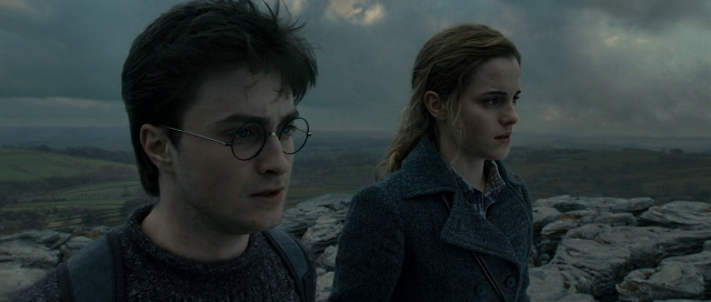 Harry Potter and the Deathly Hallows - Part 1 (2010) Dual Audio [Hindi-DD5.1] 720p BluRay ESubs Download